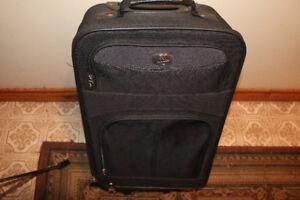 "- Suitcase - 20""x13"" -"