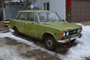 1970 Fiat 124 Sedan 4DR. Needs full RESTO!
