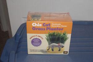 Chia Cat Glass Planter