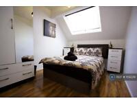 1 bedroom in Polygon Road, Crumpsall, M8