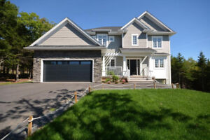 KINGSWOOD NORTH Family Home 2+acre lot -fully finished