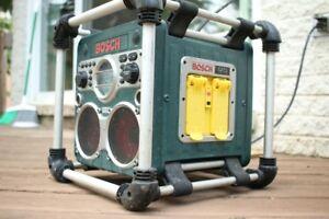 Bosch PB 10 CD Radio Auxillary Charger Job Site Radiio