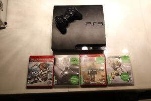 Playstation 3 (PS3) - 4 jeux - 1 manette en excellente condition
