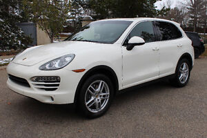 2011 Porsche Cayenne Base SUV - Highly Optioned/Immaculate