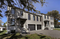 Open house Sunday 2:00 to 4:00 pm in Laval