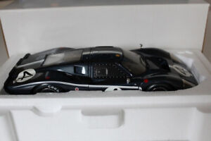 Diecast 1/18 Ford GT 40