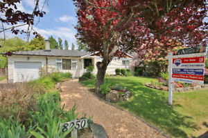 HOUSE FOR SALE 8250 WADHAM DRIVE