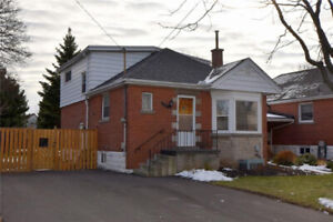 4+1  BDR, 3 WSHR HOUSE FOR RENT.  FENNELL/ UPPER WELLINGTON
