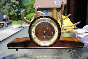 VINTAGE ART DECO MANTLE CLOCK FORESTVILLE GERMANY