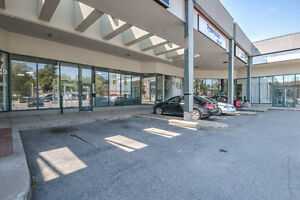 DORVAL - Espace COMMERCIAL Space A Louer For Rent West Island -