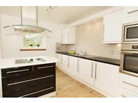 Beautiful 2 bed 1st floor flat with view to rent in Deer Park, Livingston