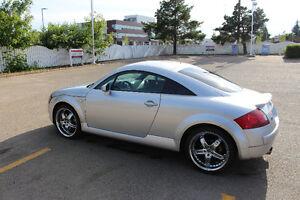 2000 Audi TT Coupe (2 door)