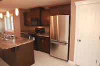 2bdrm - Upper unit -  Minutes from Uni/Downtown/Hospital