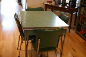 Vintage Formica Table- Good condition with 4 chairs