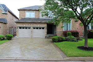 Absolutely Stunning Detached Home for Rent-the sixteen creek