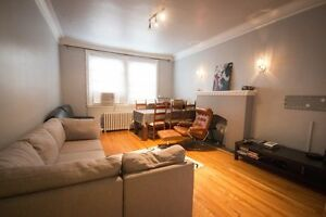 NDG - OLD ORCHARD AVENUE - LARGE RENOVATED 3 1/2