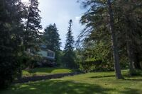 Cottage Living Tucked near the City!-House For Sale