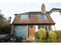 5 bedroom house in Widecombe Way, East Finchley, N20