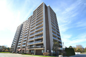 9099 RIVERSIDE DR E, UNIT 418E ***NEW LISTING***