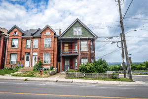 RARE OPPORTUNITY FOR INVESTORS, RENOVATORS AND LANDLORDS!!