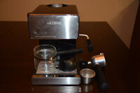 Espresso maker with milk frother