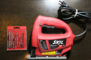 SKIL 3.5A Variable Speed Corded Jigsaw & Blades