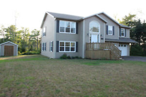 Beautiful Four Bedroom House in Stanhope for Rent
