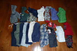 baby boy clothes size 18 months (2 picture lot)