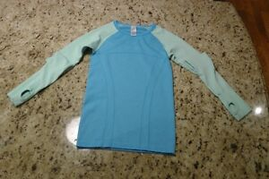 ivivva/lululemon Fly Tech Long sleeve Tee Small