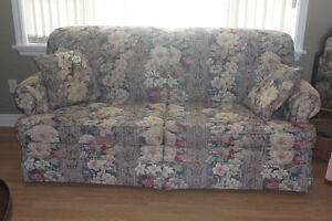 Day Bed Sofa / Loveseat (new condition / home/ cottage/trailer )
