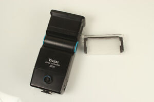 VIVITAR 3500 ZOOM THYRISTOR CAMERA FLASH