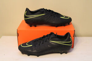 Nike Soccer Cleats BRAND NEW