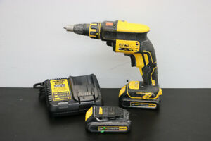 **BRUSHLESS** DeWalt DCF620 20V Drywall ScrewGun Kit - 14495