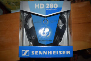 Sennhieser HD 280 Headphones (NEW)