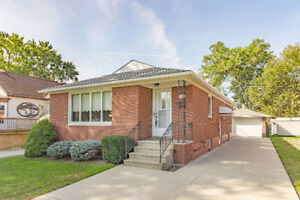 JUST LISTED! 321 LAUZON - RIVERSIDE REAL ESTATE FOR SALE