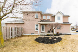 3 + 1 Bedroom UPDATED Courtice Beauty!