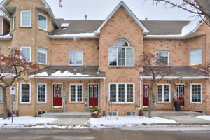 BURLINGTON ~ RARELY OFFERED BUNGLAOW TOWNHOME!