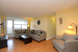 Gorgeous 3 Bedroom 2 bathroom condo in Mississauga