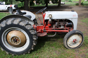 1949 Ford 8N tractor in excellent running condition with blade