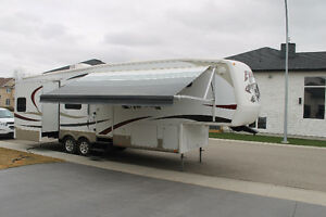 2008 Everest 295T Fifth Wheel