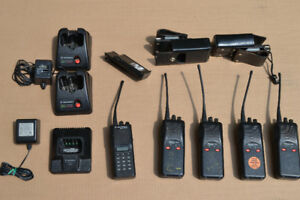 MOTOROLA INDUSTRIAL WALKIE TALKIES  PACKAGE