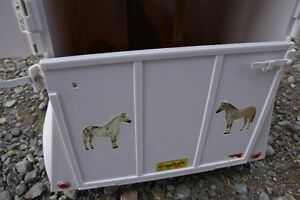 Traditional Breyer Trailer Peterborough Peterborough Area image 4