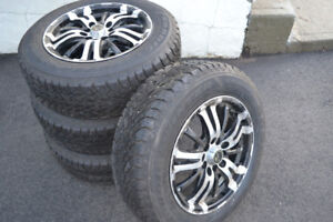 195/65R15 (4) GoodYear Nordic Winters on Aluminum rims