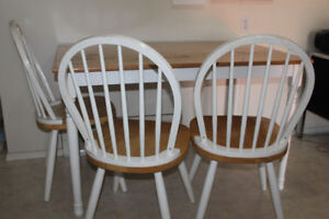 Wooden Kitchen Table and 3 Chairs
