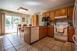699 Muirfield Cres - Large Bungalow priced to sell! Kingston Kingston Area image 6