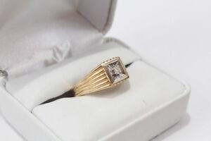 Bague en or pour homme 10 Carat avec diamant Seulement 179.95$!