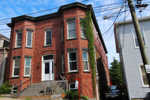 SOLD-155-157 LEINSTER ST, UPTOWN - SINGLE FAMILY W/3BDRM APT.