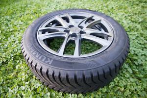 Ensemble de 4 pneus d'hiver 205/55R16 sur roues en alliage NEUFS