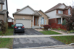 Backsplit Detached Family Home in New West Community Thorold, ON