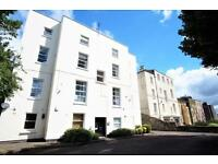2 bedroom flat in Cotham Road, Bristol, BS6 6DR